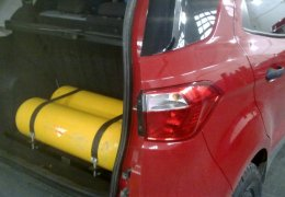 Ford Ecosport Kinetic con 2 cil. de 30 lts.